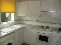 Fully equipped fitted kitchen in 2 bedroom apartment for rent in Denton
